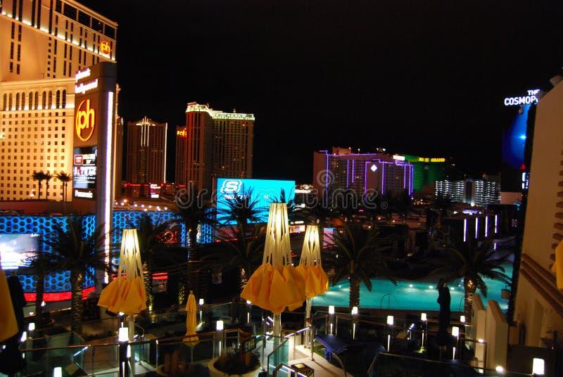 Гостиница Парижа и казино, курорт Голливуда планеты и казино, ноча, вечер, освещение, городской пейзаж стоковая фотография