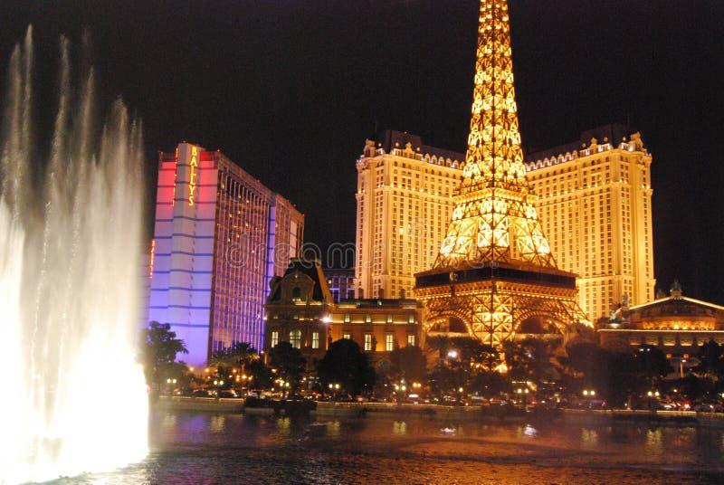 Гостиница Парижа и казино, Лас-Вегас, Париж Лас-Вегас, Лас-Вегас, ориентир ориентир, ноча, вечер, башня стоковые фотографии rf