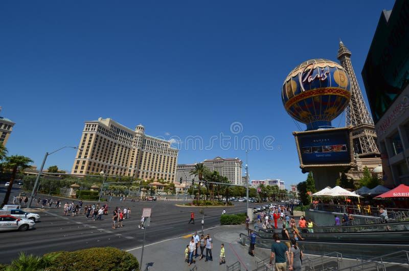 Гостиница Парижа и казино, гостиница Bellagio и казино, ориентир ориентир, городок, город, дорога стоковое изображение rf
