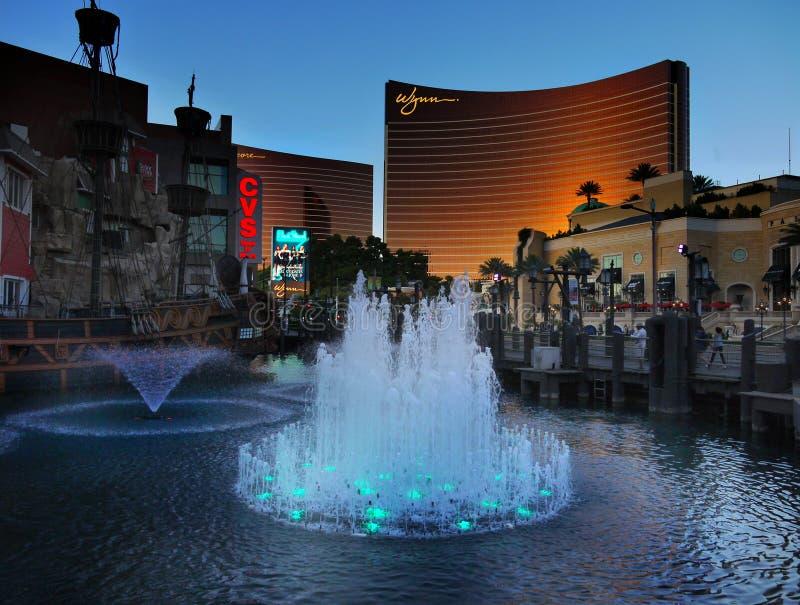 Гостиница Wynn фонтанов Лас-Вегас, озера, туристические достопримечательности, Невада стоковые фотографии rf