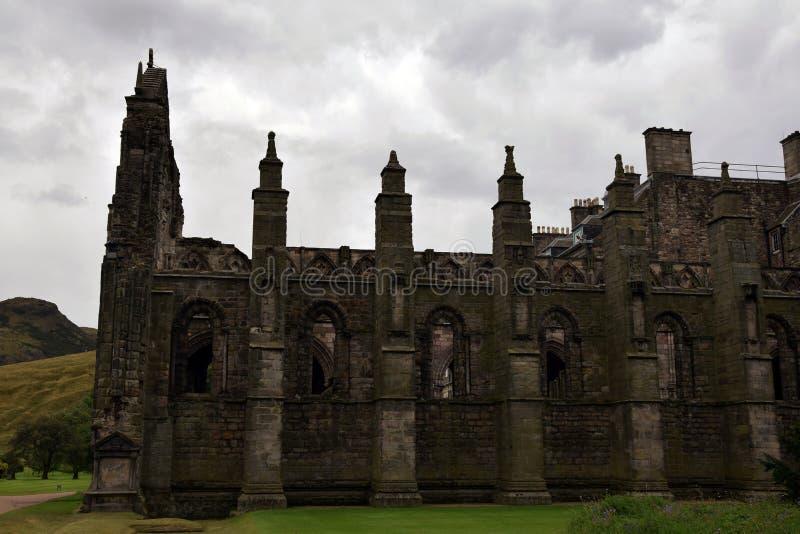 Готические руины - аббатство Holyrood стоковая фотография rf