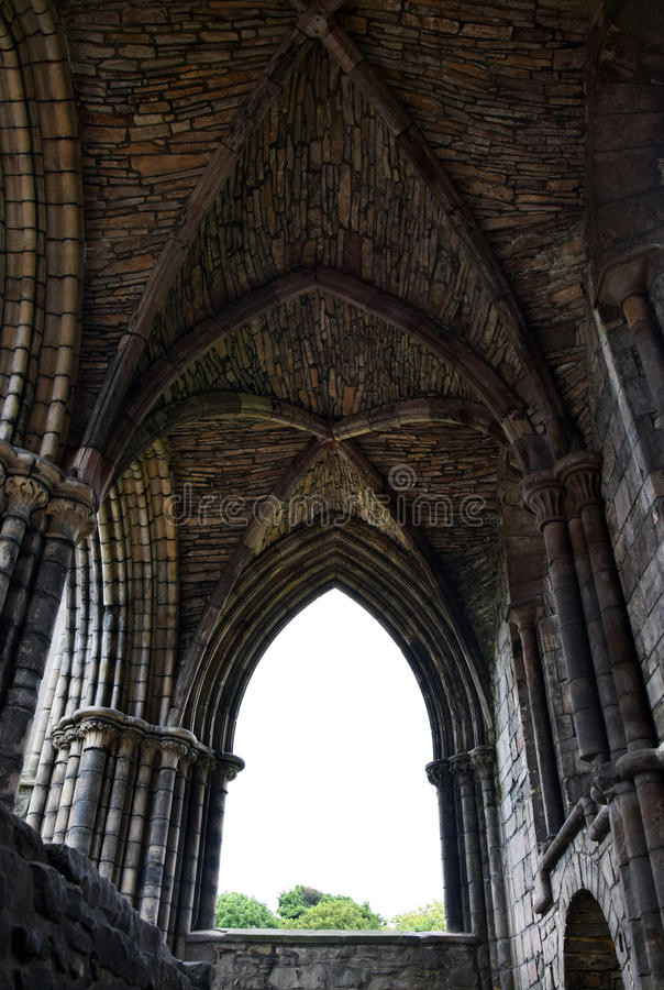 Готические руины - аббатство Holyrood стоковые изображения