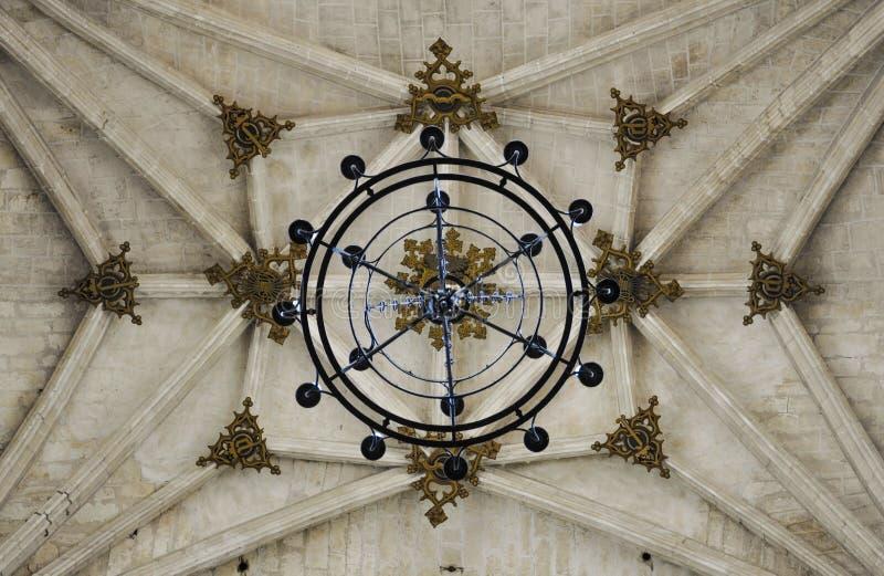 Готический ребристый свод, монастырь Сан-Хуана de los Reyes в Toledo, Испании стоковые изображения rf