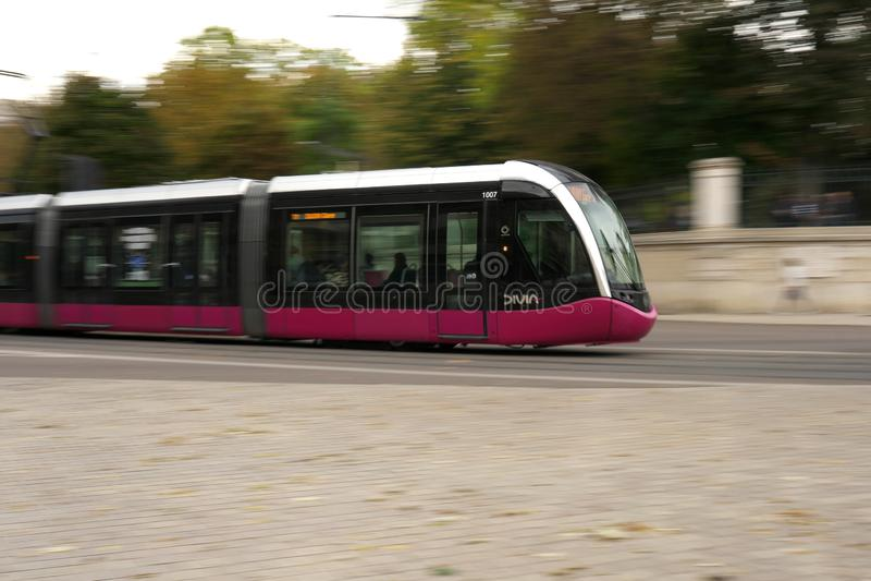 Готовить трамвая Дижона, Франция стоковое фото