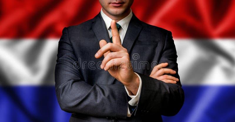 Голландский выбранный говорит к толпе людей стоковое изображение rf