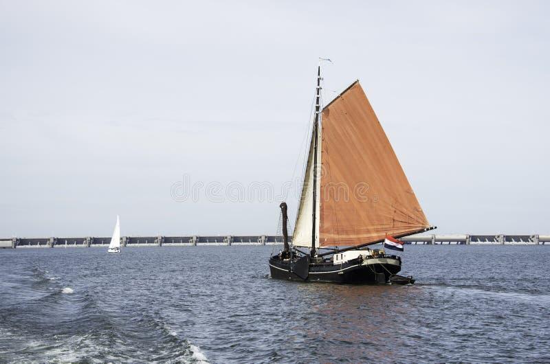 голландское парусное судно ont он haringvliet стоковые изображения
