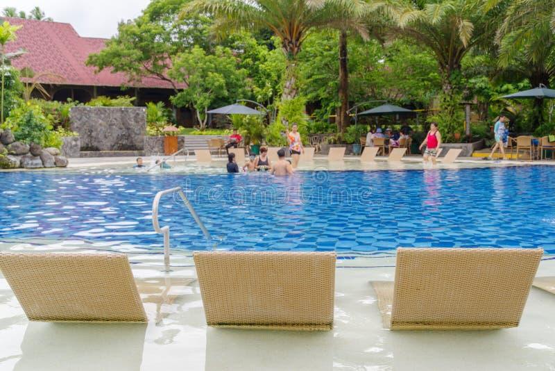 15,2017 -го бассейн в июле на escudero виллы, Laguna, Philippin стоковая фотография rf