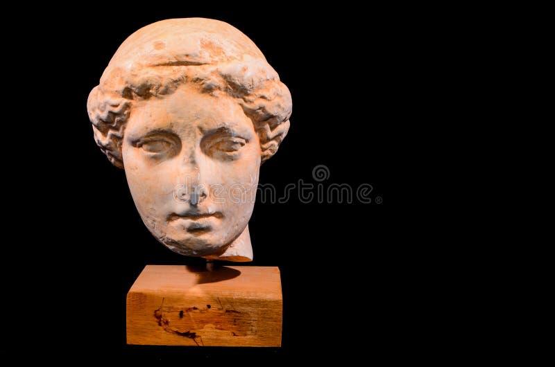 Голова изолированной статуи древнегреческия стоковое изображение rf