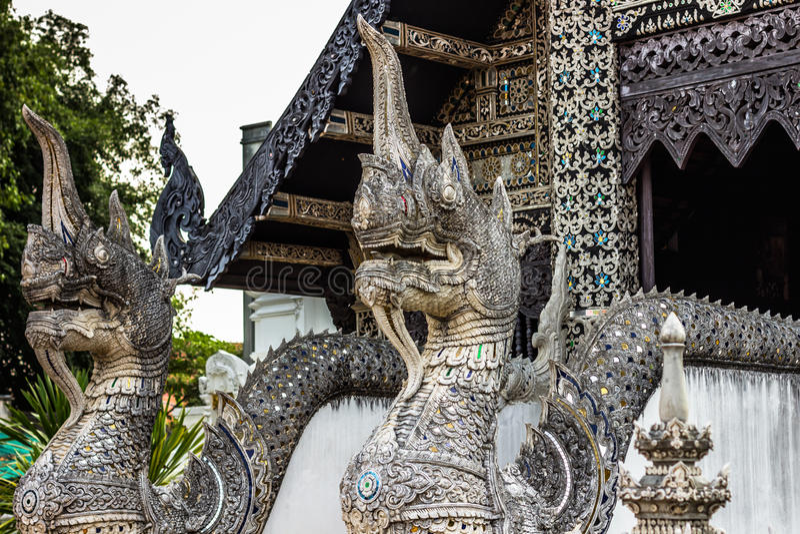 Голова дракона в Чиангмае, Таиланде стоковые изображения
