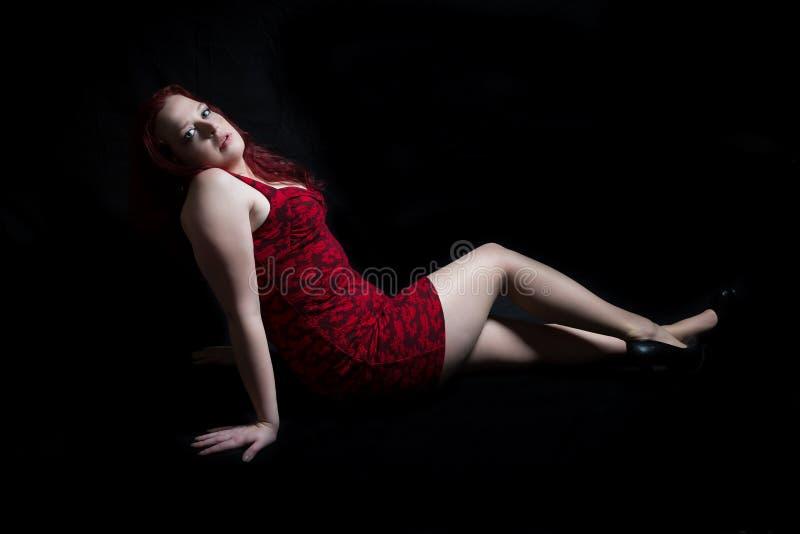 головной модельный красный цвет стоковая фотография rf