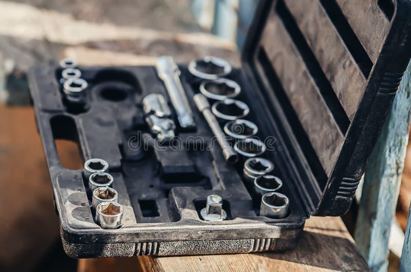Головной храповик в чемодане стоковое изображение rf