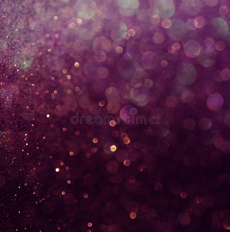 Год сбора винограда яркого блеска освещает предпосылку пурпуровая белизна defocused стоковое изображение rf