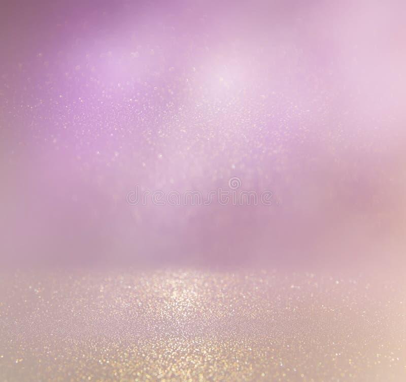 Год сбора винограда яркого блеска освещает предпосылку светлые серебр, золото и пинк defocused стоковые изображения