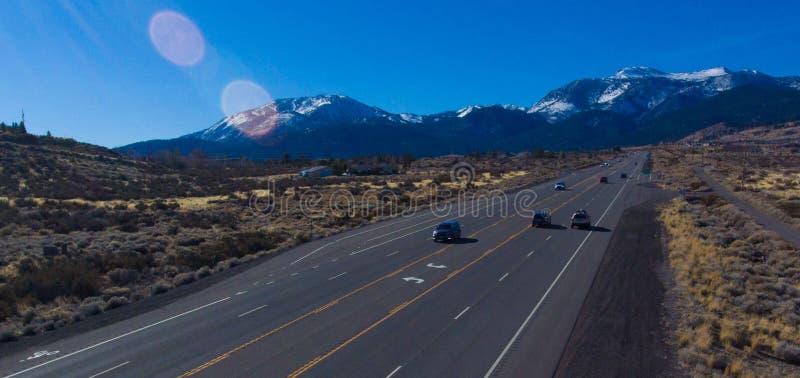 Download голубая дорога к стоковое фото. изображение насчитывающей держатель - 81801694