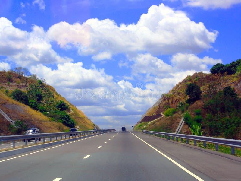 Голубое небо и автомобиль стоковая фотография rf