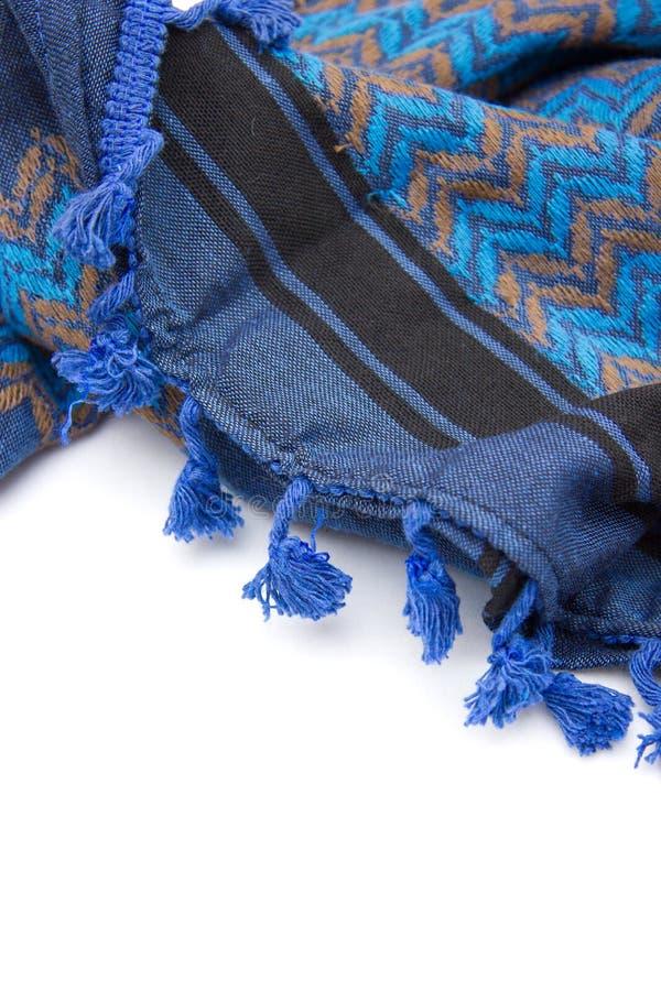 Голубой арабский шарф изолированный на белой предпосылке стоковые изображения