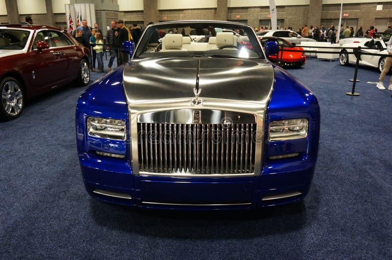 Голубой и серебряный Rolls Royce стоковые изображения