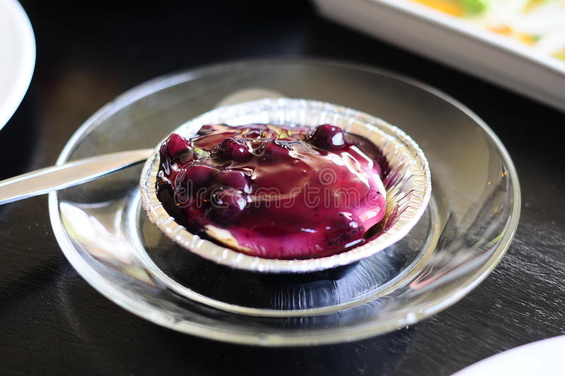 Голубой пирог ягоды стоковая фотография