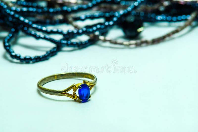 голубой сапфир стоковые фото