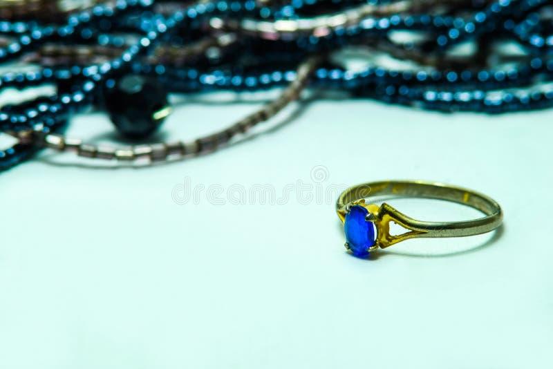 голубой сапфир стоковые изображения rf