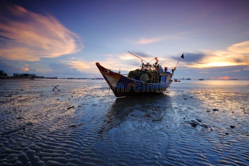 Голубой час на пляже Vung Tau стоковые фото