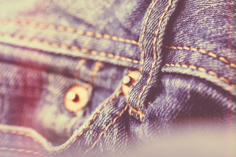 голубые джинсыы джинсовой ткани стоковые фото