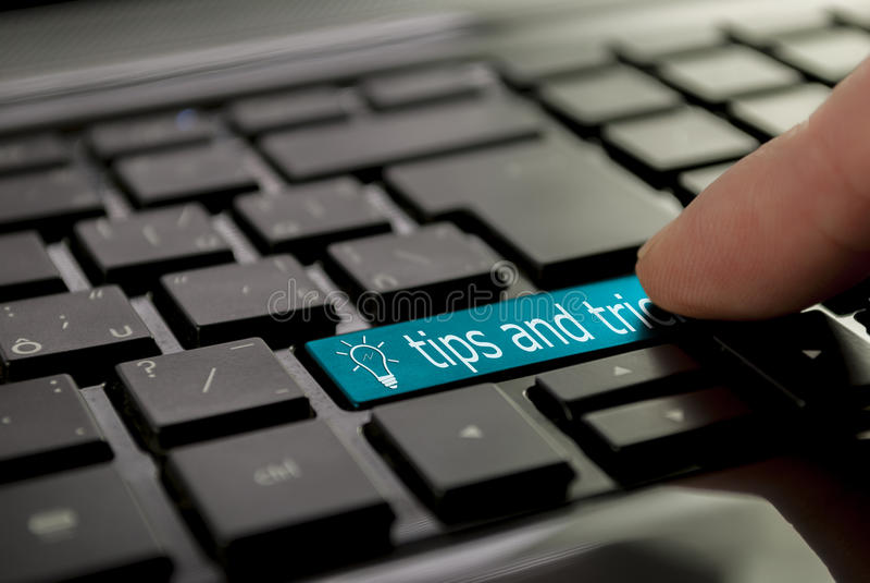 Голубые подсказки и фокусы кнопки стоковое изображение