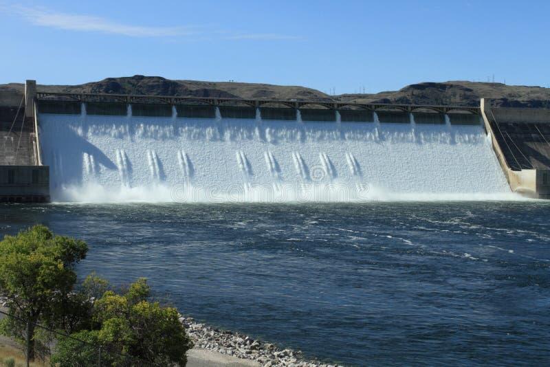 Грандиозная запруда Coulee гидроэлектрическая стоковая фотография