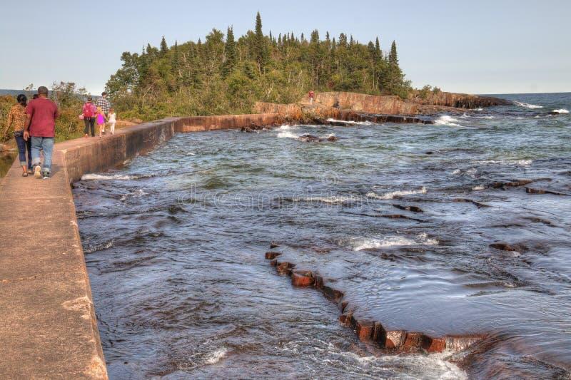 Грандиозное Marais малый город гавани на северном береге Lake Superior в Минесоте стоковые фотографии rf