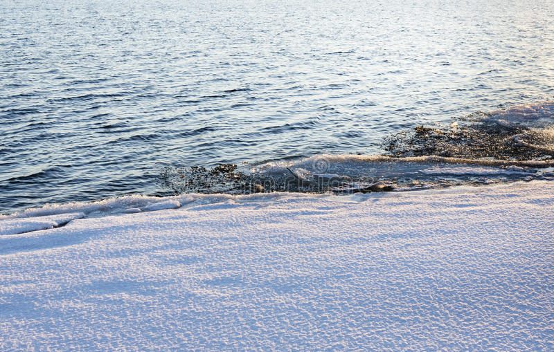 Граница льда и воды стоковые изображения
