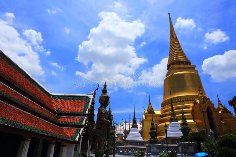 Грандиозный дворец Таиланд стоковые фотографии rf