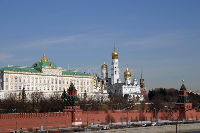 грандиозный дворец kremlin стоковые изображения