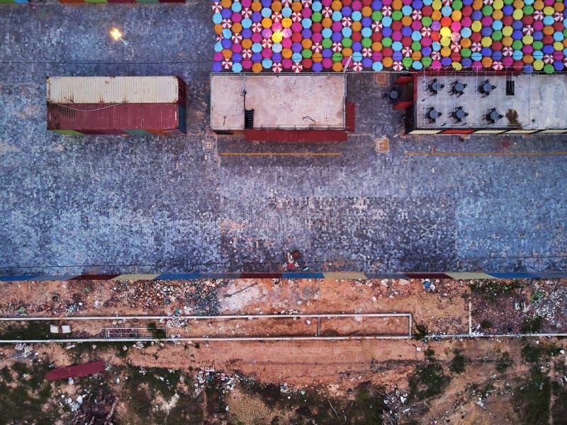 Графический рынок Азия ночи вида с воздуха стоковые фото