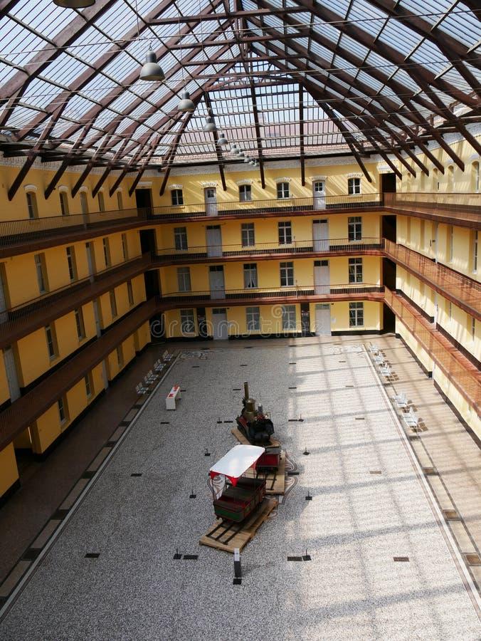 Графическое фото на сени и зала familistère стоковое фото