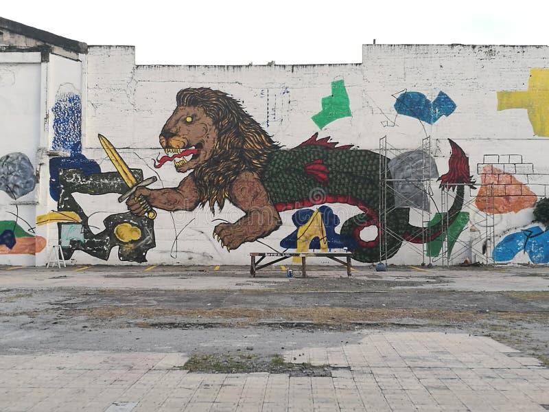 Граффити льва Манилы метро стоковые фотографии rf