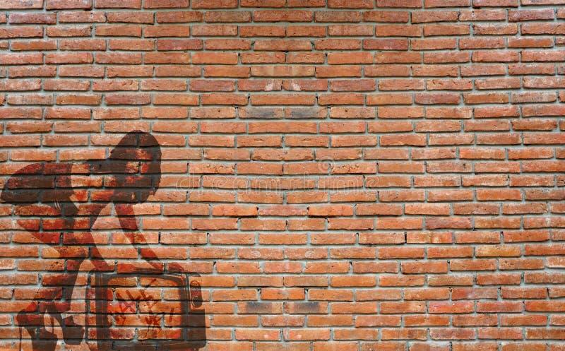 Граффити стены отличая женщиной стоковое фото rf