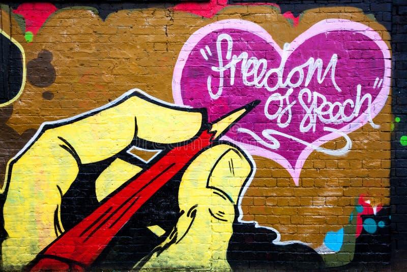 Граффити стены свободы слова стоковые изображения rf