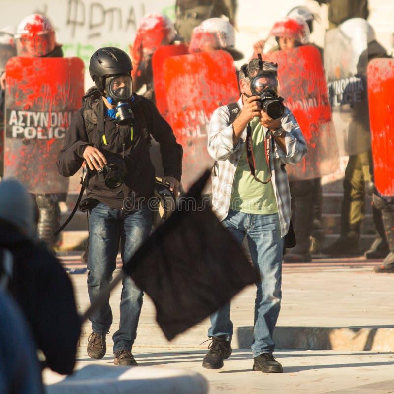 ГРЕЦИЯ - Группы члена левой партии и анархиста ища упразднение новых максимальных тюрем безопасностью стоковое фото rf