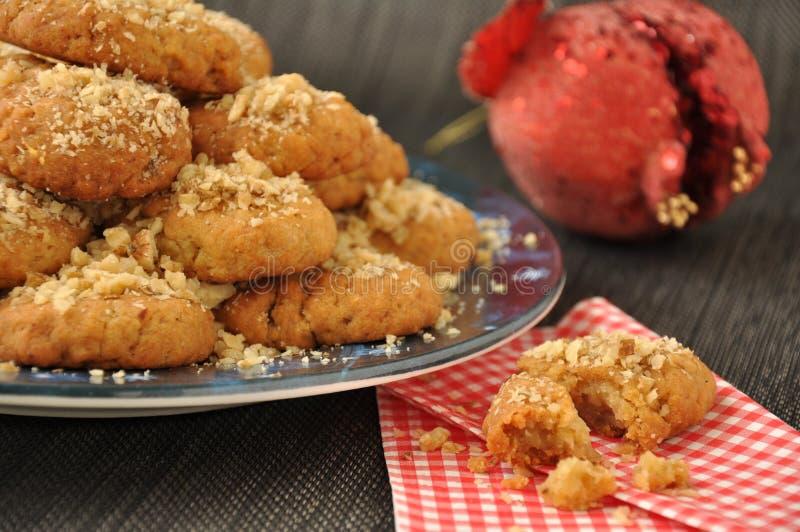 грецкие орехи меда печений стоковая фотография rf