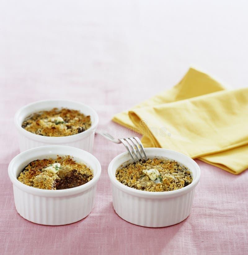 грецкие орехи сосиски картошки mousse крови стоковая фотография