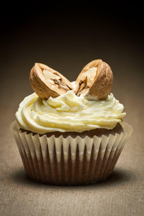 грецкий орех ванили булочки шоколада cream стоковые изображения rf