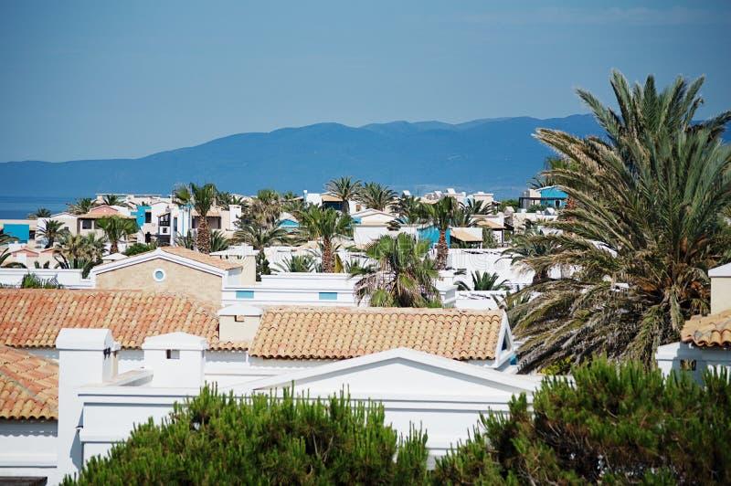 Греческая деревня около моря стоковые изображения rf