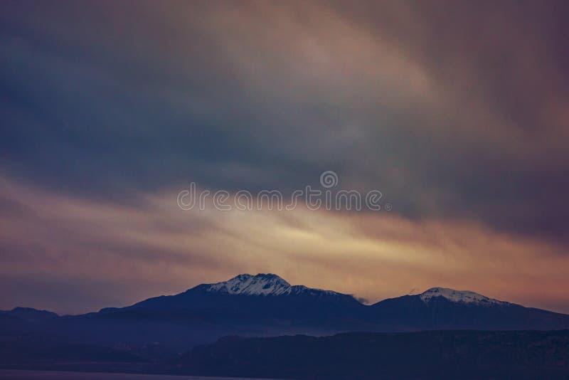 Греческие изумительные горы стоковые изображения rf