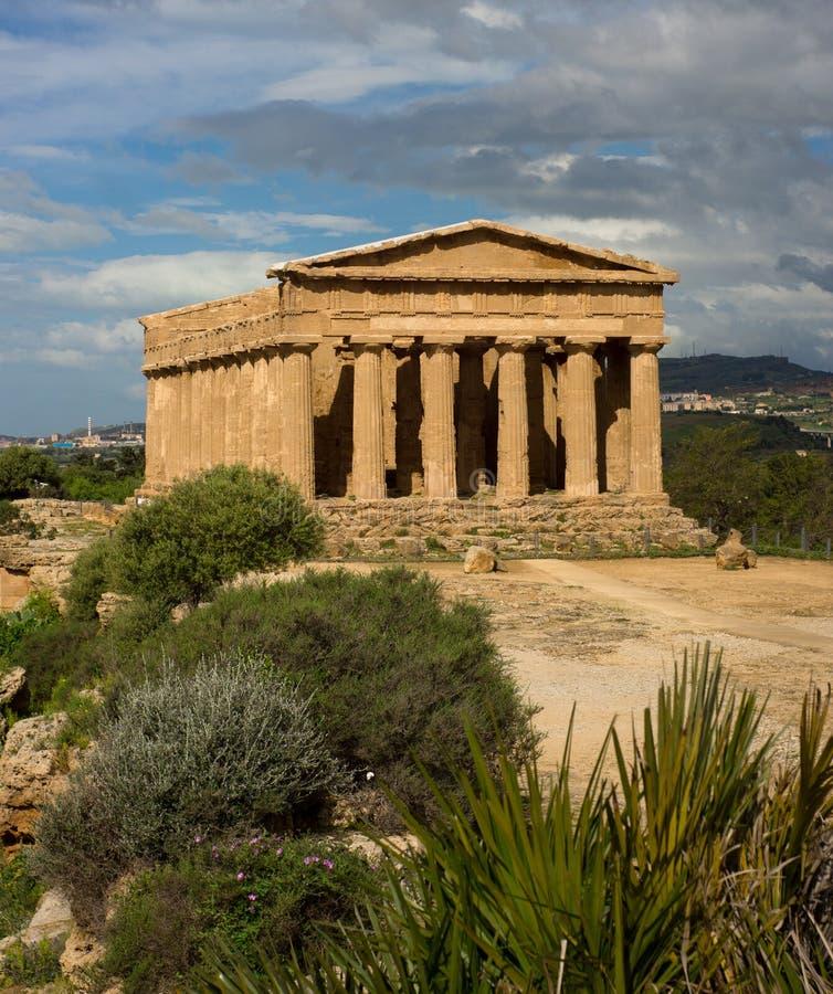 Греческий висок конкорда - Сицилии стоковое изображение rf