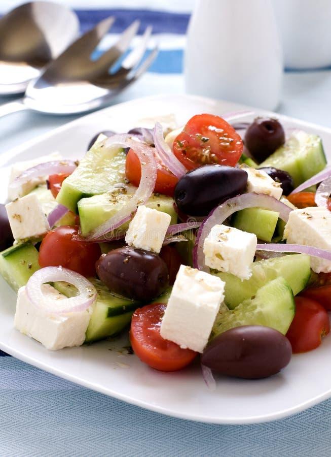 греческий салат плиты стоковые изображения