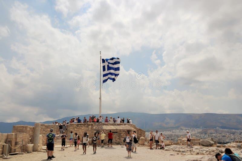 Греческий флаг на акрополе стоковые фото