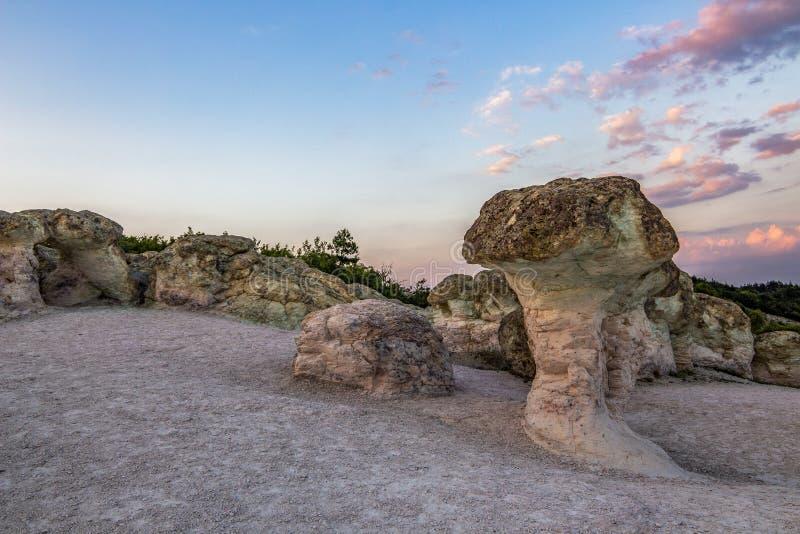 Грибы камня около деревни Beli Plast, Болгарии стоковая фотография rf