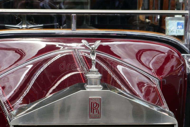 Гриль винтажного роскошного автомобиля 20HP Rolls Royce 1928 передний стоковое фото rf