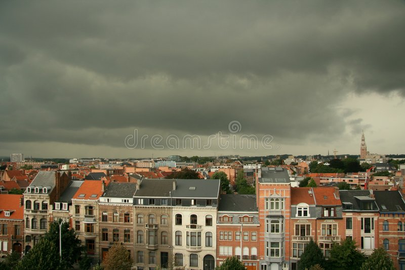 гроза города стоковое изображение rf