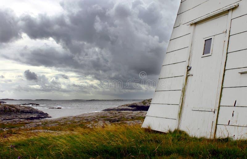 Download гроза стоковое изображение. изображение насчитывающей море - 488225